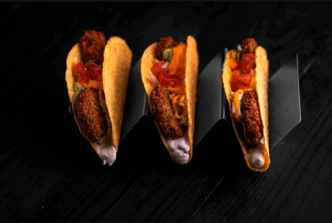 Falafel Tacos Meal وجبة تاكو الفلافل
